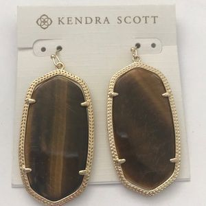Kendra Scott Jewelry - Kendra Scott brown tiger's eye Danielle earrings